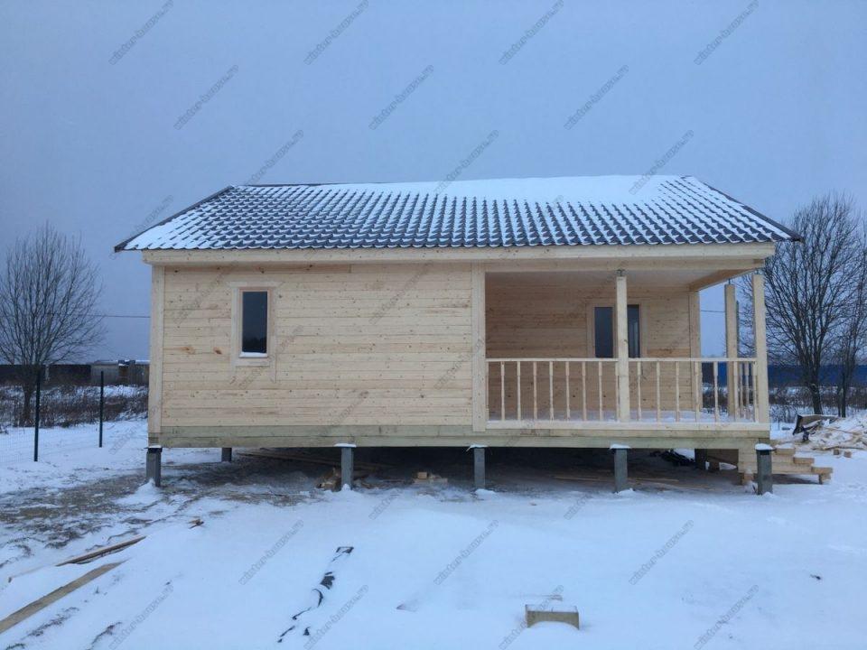 Фото брусового дома 9х9 с террасой