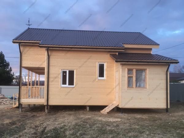 Фото большого двухэтажного каркасного дома для постоянного проживания