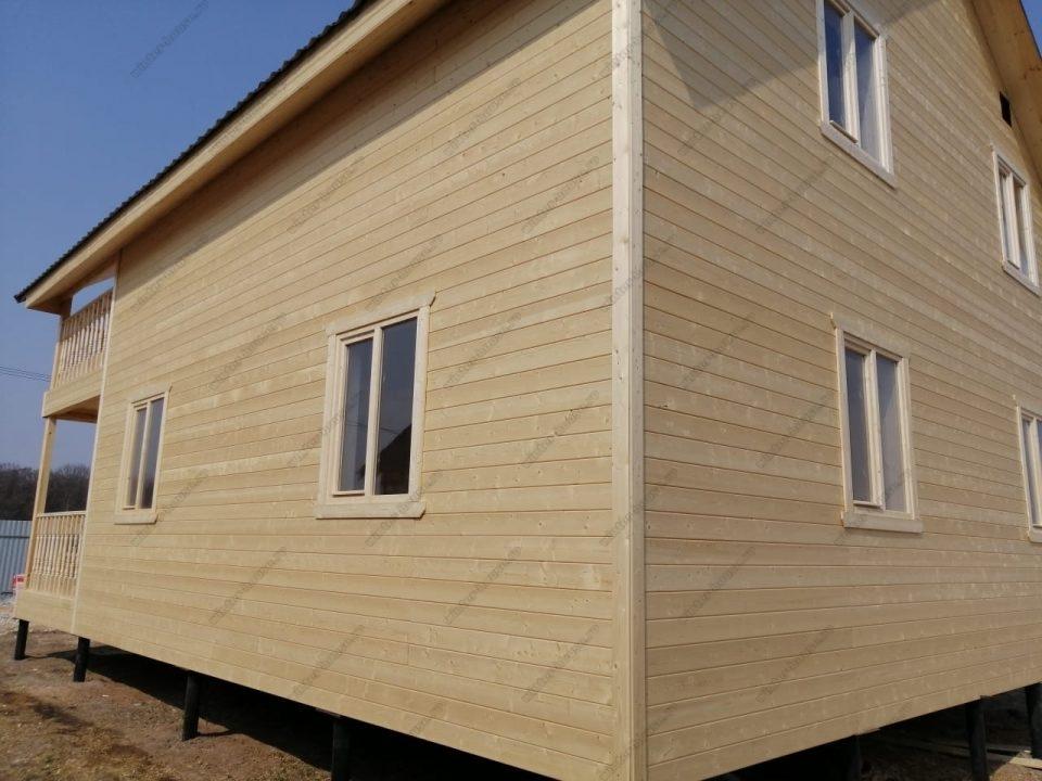 Фото загородного частного дома построенного по каркасной технологии