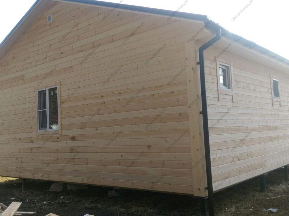 Каркасно-щитовой дом 9х9 с террасой