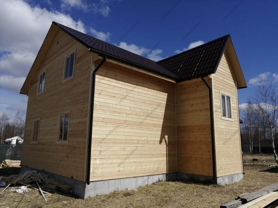 Фото частного каркасного дома с террасой