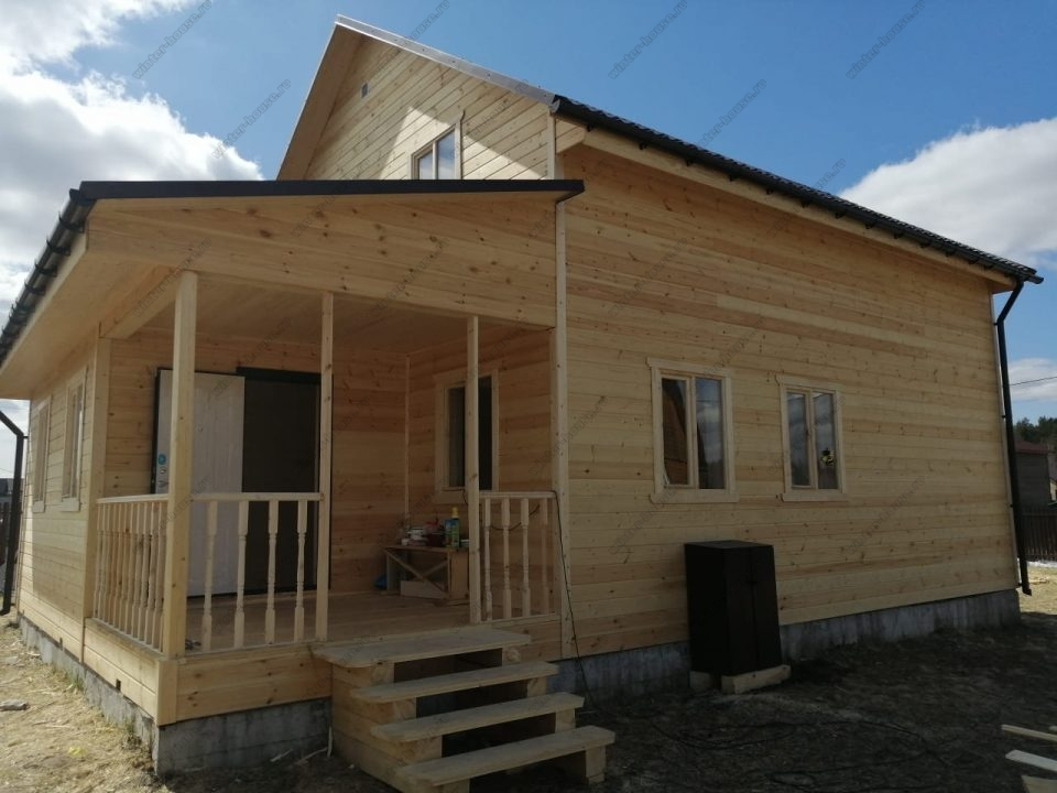 Фото большого каркасного деревянного дома