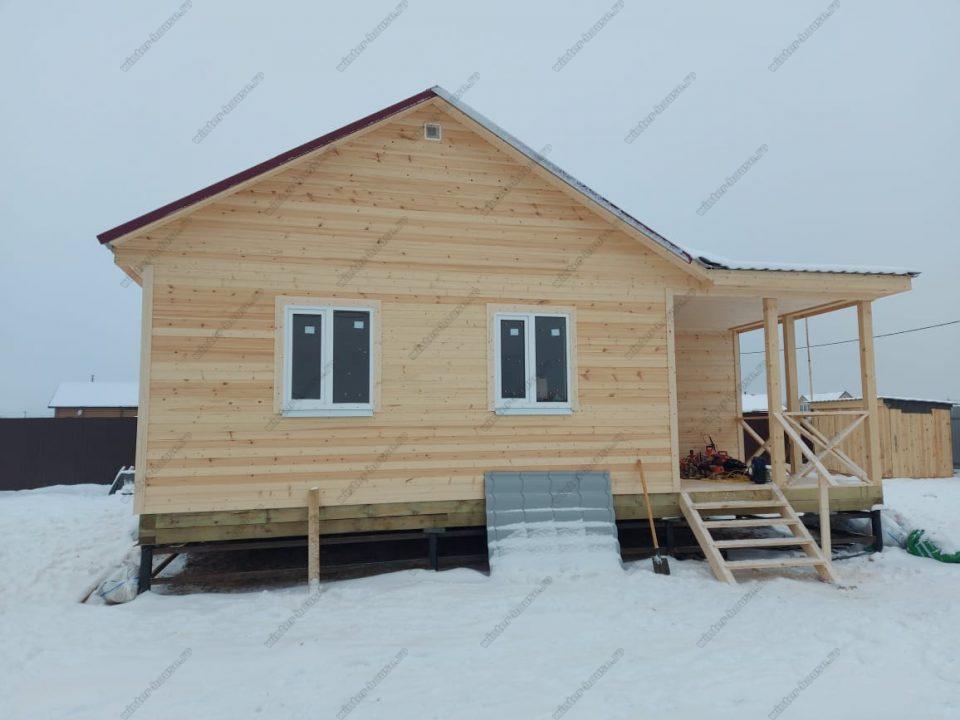 Одноэтажный каркасный дом 9х9 под ключ с террасой, проект, цена фото 1